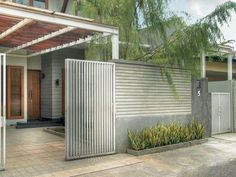 Pagar Rumah Type Minimalis metal carports corpus christi texasGone are the days when decorating was a one-and-accomplished deal. House Front Gate, Front Gates, House Entrance, Contemporary Landscape, Landscape Design, Garden Design, Door Design, Exterior Design, House Design