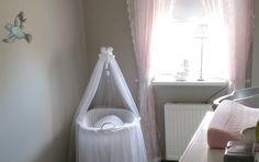 Afbeeldingsresultaat voor romantisch gordijn babykamer