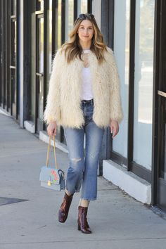 Whitney Port starts the week with a fashion statement by topping her casual #ootd with this fab #HM jacket! | H&M OOTD