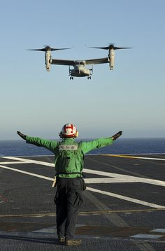 PACIFIC OCEAN (Oct. 7, 2012) An MV-22 Osprey assigned to Marine Medium Tiltrotor Squadron (VMM) 165 lands on the flight deck of the aircraft carrier USS Nimitz (CVN 68), making Nimitz the second carrier to conduct successful MV-22 flight operations.