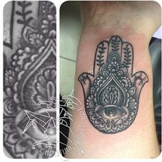 i think this is the prettiest hamsa tattoo ive yet to see