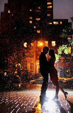 Fotograf When It Rains It Snows von Ryan Brenizer auf Rain Photography, Couple Photography, Silhouette Photography, White Photography, Wedding Photography, Photo Couple, Couple Photos, Love Rain, When It Rains