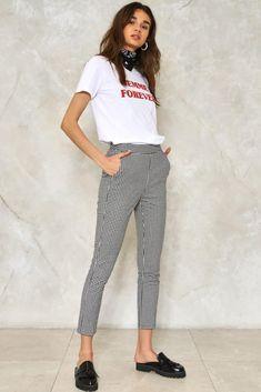 69e713f3c381  Summer  Fashion   White Print T-Shirt + Pattern Print Capri Pants Office