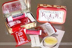 Emergency K.A.R. (Kissing and Romance) Kit!  thedatingdivas.com
