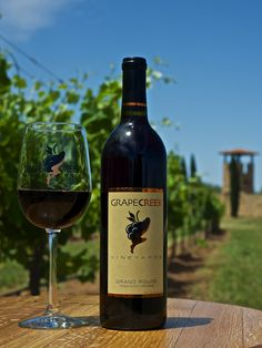 The RECENTLY RELEASED 2014 Grand Rouge is an elegant, medium-bodied red blend of Sangiovese and Cinsaut. This semi-sweet blend exhibits graceful characteristics of blackberries, violets and blueberries. Best served chilled.