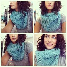 AQUA INFINITY: women's infinity crochet scarf