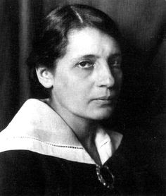 La física Lise Meitner (1878-1968) nació un 7 de noviembre