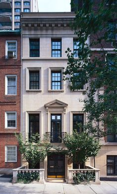 perfect East Side Townhouse | Peter Pennoyer Architects