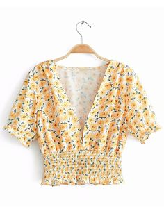 To find out about the Ditsy Floral Print Shirred Waist Blouse at SHEIN, part of our latest Blouses ready to shop online today! Fashion News, Fashion Outfits, Women's Fashion, Summer Outfits, Cute Outfits, Boho Tops, Types Of Sleeves, My Outfit, Ideias Fashion