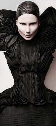 Black Figure, Black White Red, Goth, Victorian, Style, Fashion, Gothic, Swag, Moda