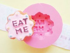Hey, I found this really awesome Etsy listing at https://www.etsy.com/listing/190674277/21mm-alice-in-wonderland-eat-me-cookie