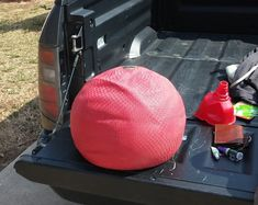 The slam ball is the epitome of a simple excercise that can be absolutely brutal. The problem is they& expensive, until now. Make the DIY Slam Ball here! Diy Gym Equipment, No Equipment Workout, Fitness Equipment, Training Equipment, Diy Home Gym, Outdoor Gym, Garage Gym, Basement Gym, Medicine Ball
