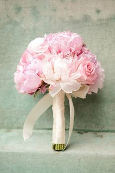 pink wedding bouquet.  eMeM.pl - blog