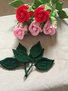 Crochet Flower Patterns Small Stem Rose Crochet pattern by Natagor Finlayson - Crochet Puff Flower, Crochet Flower Patterns, Crochet Flowers, Diy Flowers, Unique Crochet, Love Crochet, Crochet Hooks, Christmas Knitting Patterns, Paintbox Yarn