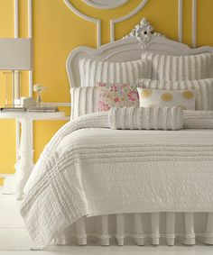 Cloud-white bedding against buttery yellow walls Decor, Beautiful Bedrooms, Home, Bedroom Makeover, Dream Bedroom, Bedroom Design, Dreamy Bedrooms, Bed, Beautiful Bedding