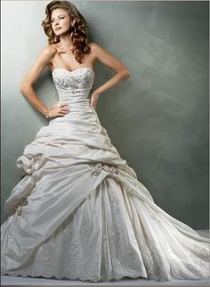 Wedding Dress. #wedding dress