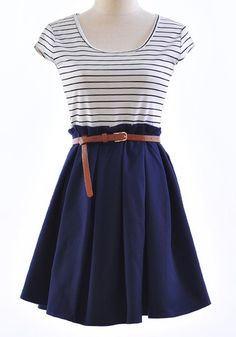 striped + belted paperbag waisted dress I could so pull this off with some cute shoes! Stylish Outfits, Cute Outfits, Fashion Outfits, Womens Fashion, Dress Skirt, Dress Up, Navy Skirt, Belted Dress, Pear Shape Fashion