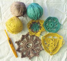 so fun! darn- i don't know how to crochet :(