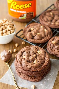 Ultra chewy peanut butter chip cookies made with Reese Chocolate Peanut Butter Spread.   http://livforcake.com