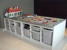 Make children with these gaming tables EXTREMELY proud, 13 great .- Mache Kinder mit diesen Spieltischen EXTREM stolz, 13 tolle und günstige DIY-Id… Make kids EXTREMELY proud with these gaming tables, 13 great and cheap DIY ideas! Car Table, Lego Table, Train Table, Trofast Ikea, Playroom Storage, Lego Storage, Ikea Storage, Lego Room, Toy Rooms