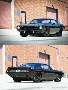 70 Plymouth Barracuda                                                       …