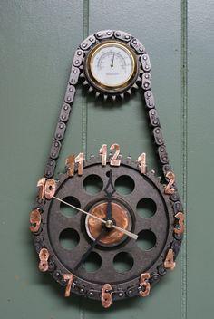 00237 Wood Gear Wall Clock BROWN FREE SHIPPING Home Furniture /& Decor