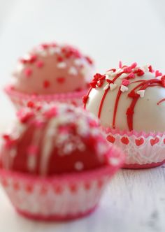 Valentine's Day Cake Balls #recipe