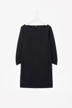 COS is a contemporary fashion brand offering reinvented classics and wardrobe essentials made to last beyond the season, inspired by art and design. Contemporary Fashion, Fashion Brand, Work Wear, Turtle Neck, Dresses With Sleeves, Cos, Workwear Dresses, Sweaters, Cotton