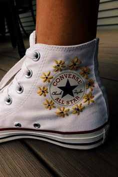 P I N ✰ andreamejicanooffi chaussure is part of Embroidery shoes - Custom Shoes, Custom Clothes, Diy Clothes, Custom Painted Shoes, Style Clothes, Fashion Clothes, Fashion Outfits, Sneakers Mode, Sneakers Fashion