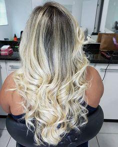 WEBSTA @ warleymoura - Mais uma desse por que sim. Apaixonado nesse resultado de ontem, iluminat pérola. Como meu trabalho flui com @bondangelgoiania cabelos no resultado que preciso e saudáveis. #blondbywarleymoura #sunset #catchinglights #mechas #superblond #reconstrucaokeune #superblond #blond #mechas #hairblond #hair #hairstylist # #hairplatinum #corte #cabelos #cabelodivo #hairdiva #instahair #instablond #platinumhair #instahairblond #cabelosloiros #cabelo_dasdivas #photogrid #hairjob…