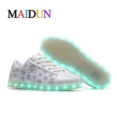 2017New LED man stefan janoski shoes White all size colorful sneakers with lights for adults man flashing luminous shoes man nmd