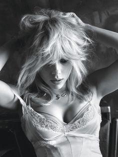 Scarlett Johansson (Scarlett Johansson) dans une séance photo MDEC Hélas (Mert Alas) pour le magazine W (Mars 2015) Photo 1
