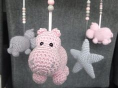 Amigurumi Crochet Pattern: The Mobile at Hippopotamus - Made by Amy Crochet Hippo, Crochet Diy, Crochet Patterns Amigurumi, Mobiles En Crochet, Crochet Mobile, Crochet Patron, Baby Mobile, Knitted Animals, Baby Toys