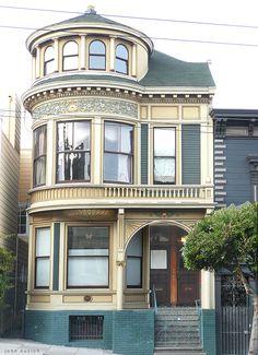 San Francisco Victorian - photo by John Kuzich