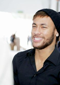 Image shared by sophiya neymar jr ️. Find images and videos about neymar, neymar jr and njr for ever on We Heart It - the app to get lost in what you love. Neymar Jr 2014, Love You Babe, World Cup 2014, Ex Husbands, Best Player, Soccer Players, Perfect Man, Sexy Men, Cool Photos