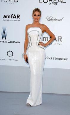 Doutzen Kroes in Versace - amfAR Gala 2012