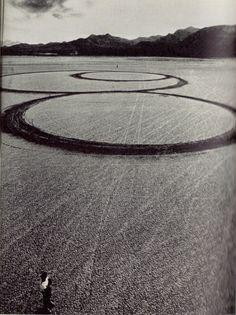 poplifeplus:  Michael Heizer