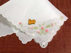 """Vintage Embroidered Hanky/Handkerchief w/Pink Rosebuds and Scalloped Edge 10"""" Sq #Madeira"""