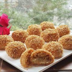 Ağızlarınıza Layık Telli Baba Tatlısı Turkish Recipes, Ethnic Recipes, Turkish Delight, Middle Eastern Recipes, Onion Rings, Biscuits, Recipies, Deserts, Food And Drink