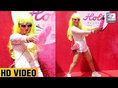 Rakhi Sawant was seen in an altogether weird hairdo celebrating 2017 Holi. Check out the video to know more.