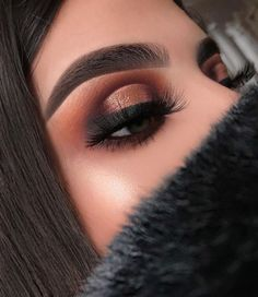 Gorgeous Makeup: Tips and Tricks With Eye Makeup and Eyeshadow – Makeup Design Ideas Simple Eye Makeup, Eye Makeup Tips, Skin Makeup, Eyeshadow Makeup, Beauty Makeup, Makeup Monolid, Beauty Tips, Makeup Products, Natural Makeup