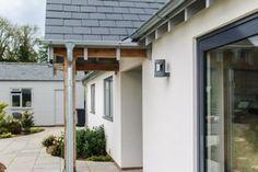 70s bungalow modern contemporary Conversion — JDW Building & Conservation Modern Bungalow House Design, Modern Bungalow Exterior, Bungalow House Plans, Modern Farmhouse Exterior, Bungalow Ideas, Bungalow Porch, House Designs Ireland, Bungalow Conversion, Bungalow Renovation