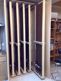 Rod cabinet