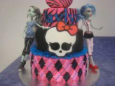 Monster High Cake...ideas for Jessie's bday cake