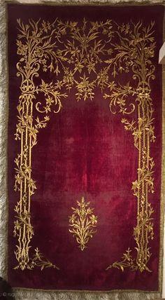 Vintage Embroidery Ottoman velvet embroider palace prayer rug century silk and silver thread,Gold-plated. Zardozi Embroidery, Gold Embroidery, Vintage Embroidery, Embroidery Patterns, Crazy Quilting, Turkish Art, Prayer Rug, Gold Work, Islamic Art