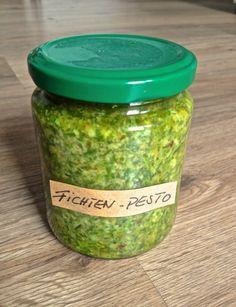 Pesto aus Fichtenspitzen (Copyright: wilderwegesrand.de)