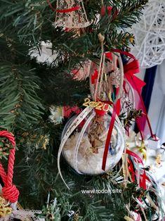 χειροποίητα γούρια www.rodon.site Christmas Wreaths, Gift Wrapping, Holiday Decor, Gifts, Home Decor, Christmas Swags, Paper Wrapping, Presents, Homemade Home Decor