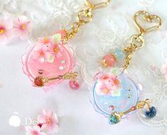 Red//Pink Lip Charm Pendant Bead DIY Bracelet Necklace Making Small Pendant V1005