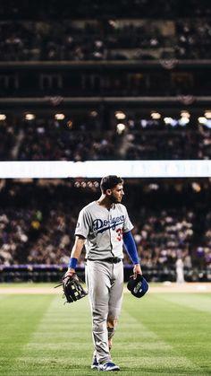 Baseball Guys, Baseball Pictures, Dodgers Baseball, Softball, Mlb Players, Baseball Players, Baseball Lifestyle, Dodgers Girl, Cody Bellinger