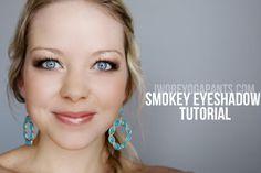 I Wore Yoga Pants To Work: Smokey Eyeshadow (tutorial)